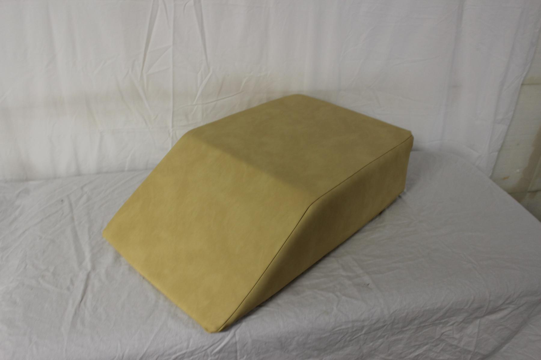 Lamphdrainagekeil ohne Beinmulden - Farbe: Palma-gobi - NEUWARE
